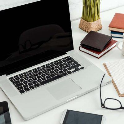 office-desk-PEGB7FY2